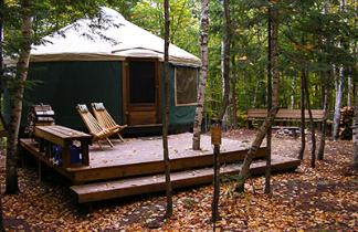Image courtesy of Frost Mountain Yurts